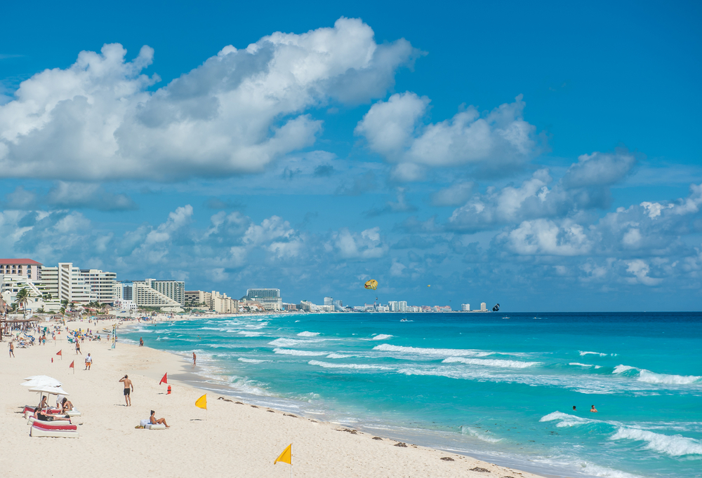 Picture of a beautiful beach in Cancun, Mexico