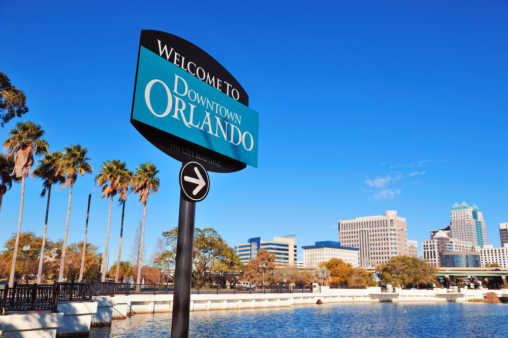 The Welcome to Orlando sign